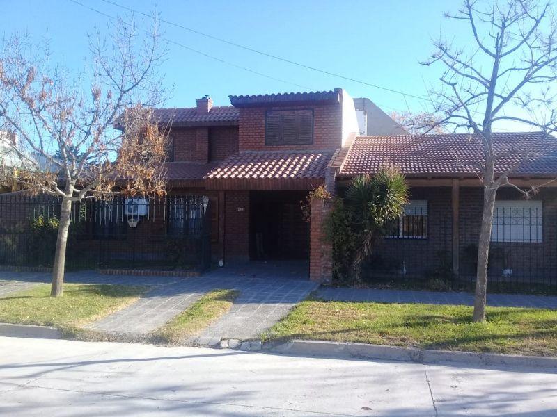 Casa en Neuquen, Jardin | VIF752 | Viñuela & Ferracioli Servicios Inmobiliarios