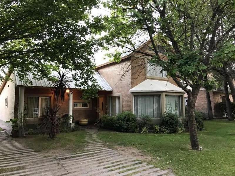 Casa en Neuquén, Rincon Club De Campo  | VIF763 | Viñuela & Ferracioli Servicios Inmobiliarios