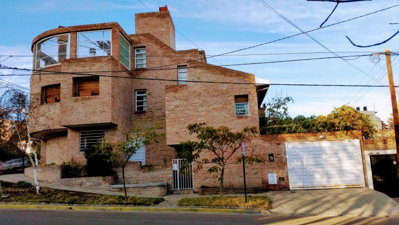 Casa en Neuquén,  | VIF819 | Viñuela & Ferracioli Servicios Inmobiliarios