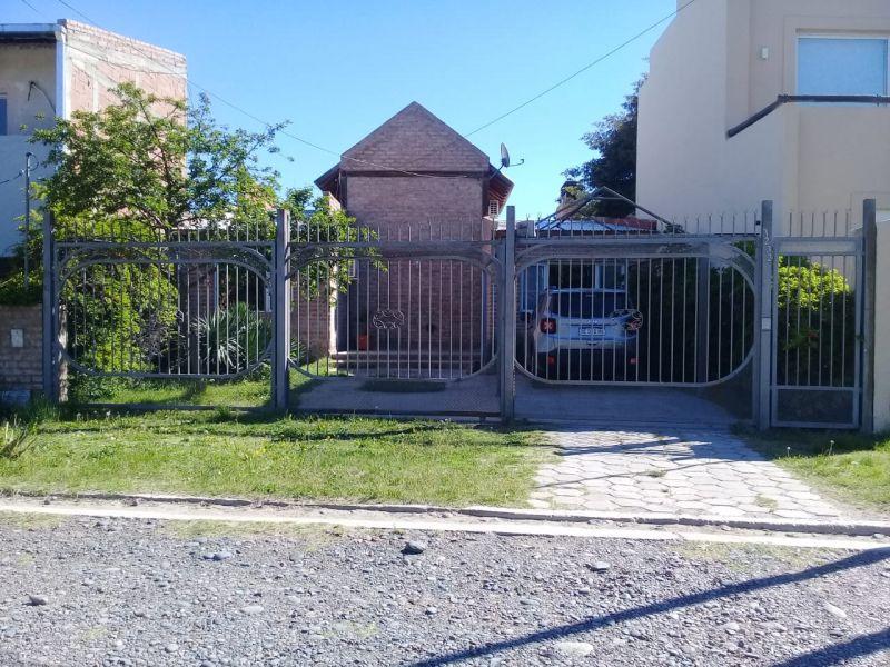 Casa en Neuquén, Rincón De Emilio | VIF832 | Viñuela & Ferracioli Servicios Inmobiliarios