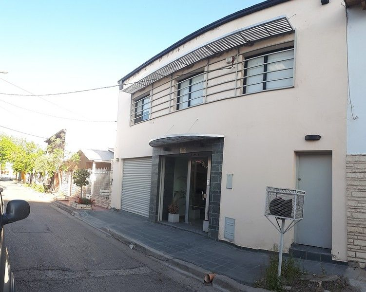 Oficina en Confluencia,  | VIF833 | Viñuela & Ferracioli Servicios Inmobiliarios
