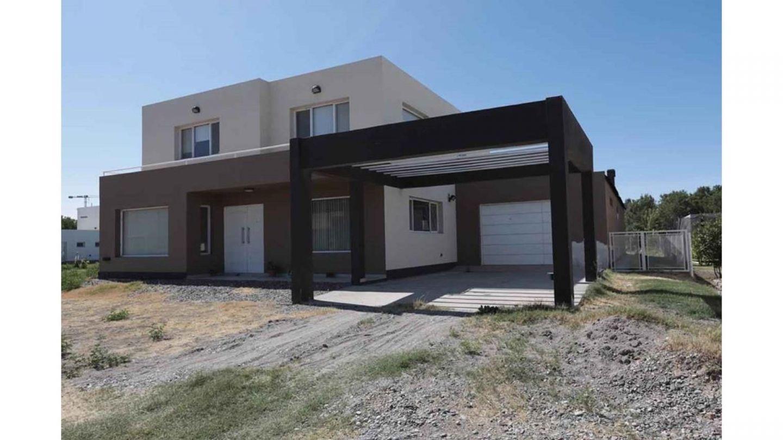 Casa en Confluencia,  | VIF837 | Viñuela & Ferracioli Servicios Inmobiliarios
