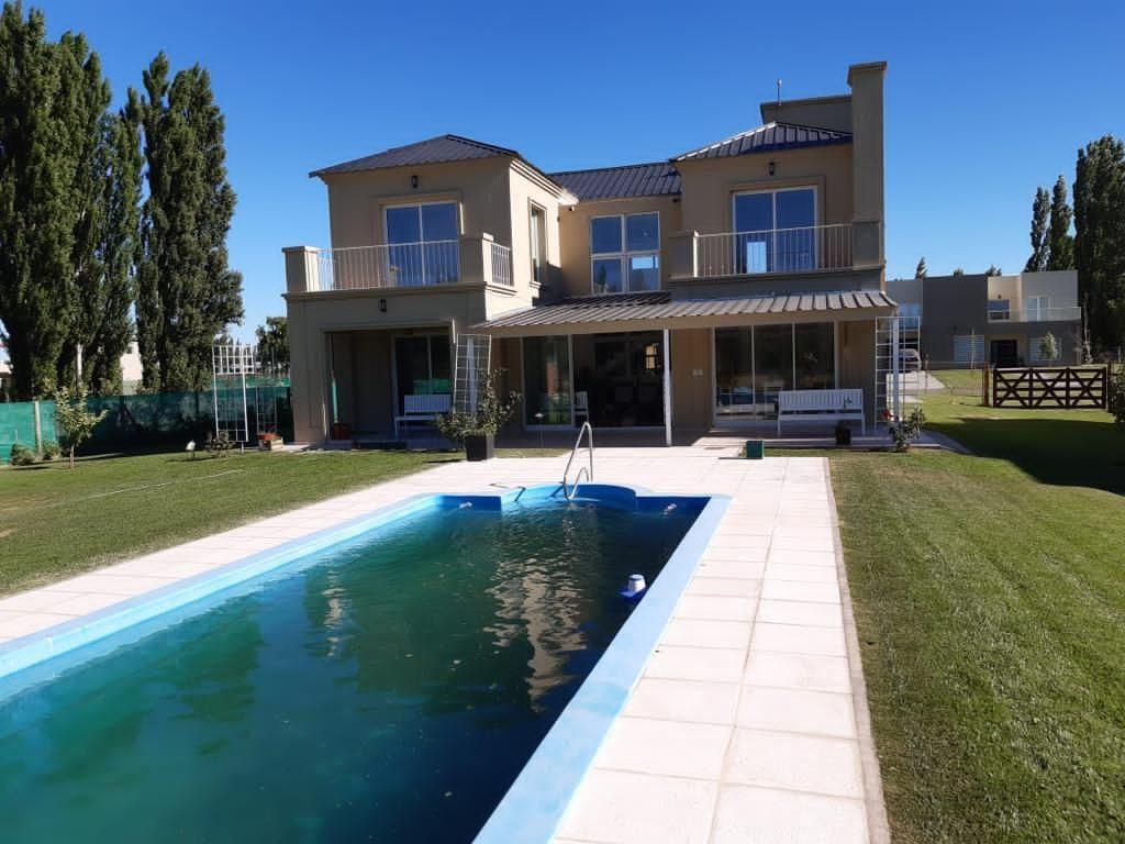 Casa en Neuquén, Costa Nogal | VIF854 | Viñuela & Ferracioli Servicios Inmobiliarios