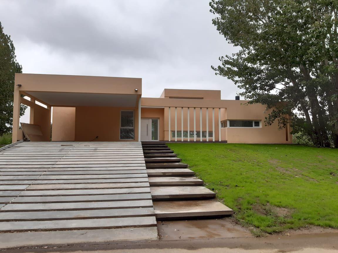 Casa en Plottier, Los Canales | VIF905 | Viñuela & Ferracioli Servicios Inmobiliarios